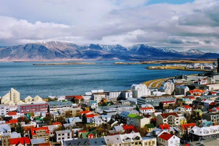surya-reykjavik